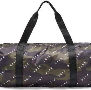 PINK VS Duffle Bag